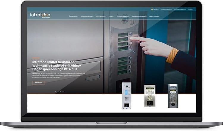 Gegensprechanlagen mit Videofunktion & flexible digitale Zutrittskontrolle bietet Intratone Gebäudeverwaltern und Hausbesitzern.